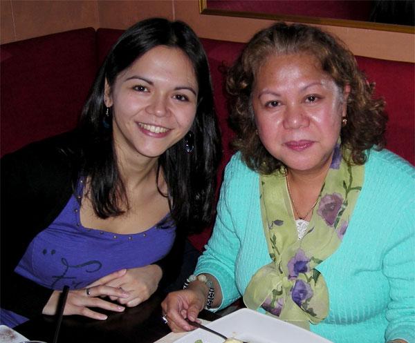 Meine Tita Marilou und ich (c) V. Till