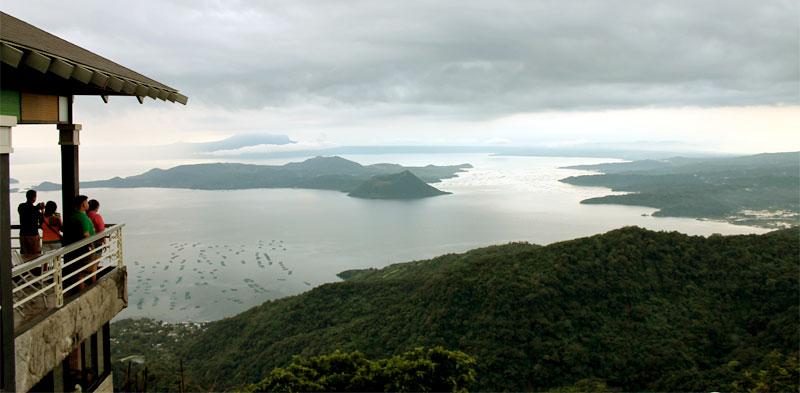 Der Taal Vulkan auf der philippinischen Insel Luzon (c) Valerie Till