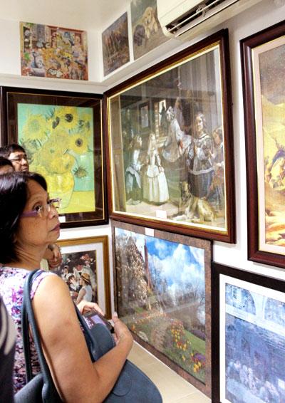"""Landschaftsaufnahmen oder die Sonnenblumen von Van Gogh: in der """"Puzzle Mansion"""" gibt's viel zu entdecken © V. Till"""