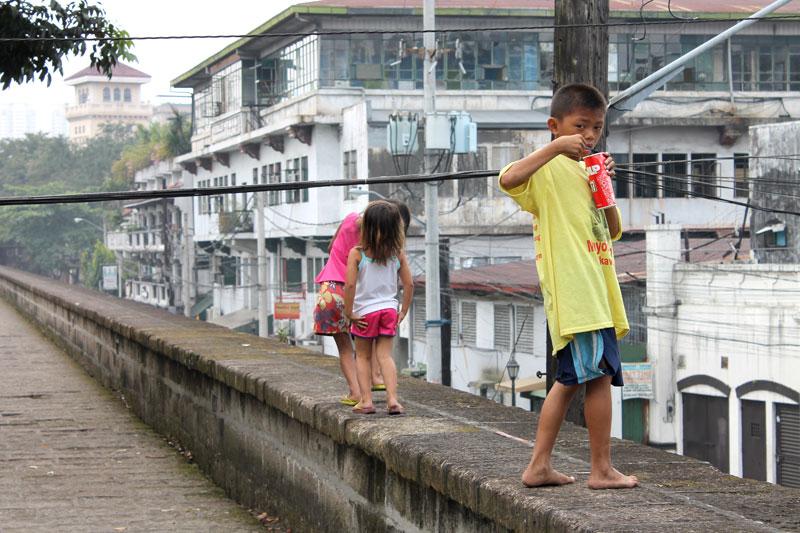 Spaziergang auf der alten Mauer von Intramuros © Valerie Till