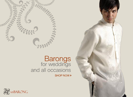 Mann mit einem Barong Tagalog.