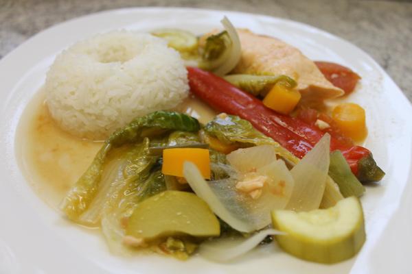 Philippinisches Essen: Sinigang
